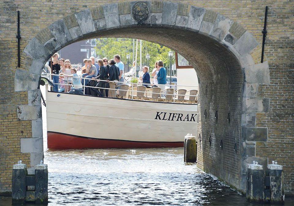 Rondvaartboot 4 augustus Grou helemaal vol